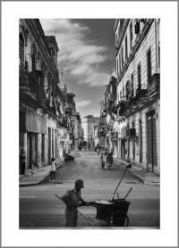 """#17. Хавана, 2009, цикъл """"Той"""" пигментен отпечатък, 70 x 50 см., рамка цена: 220лв."""
